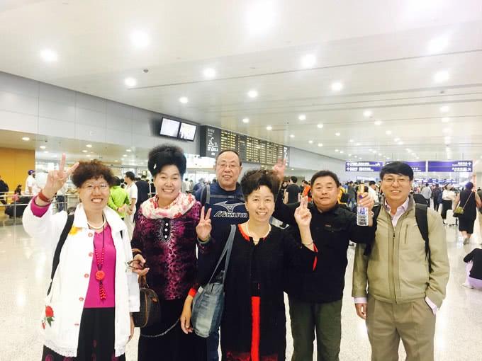 71岁老人跟团游中猝死,旅行社回应家属:出门旅游就是要受罪