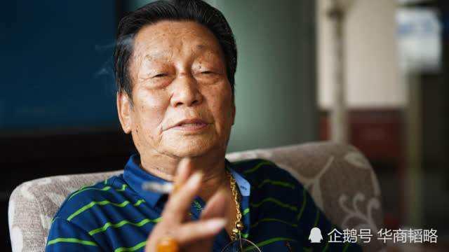 """""""中国第一商贩""""年广久,靠着卖瓜子,1976年就攒下100万"""