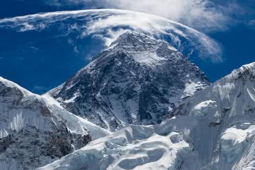 《攀登者》上映在即,为何我国古代却没有攀登过珠峰的记载呢?