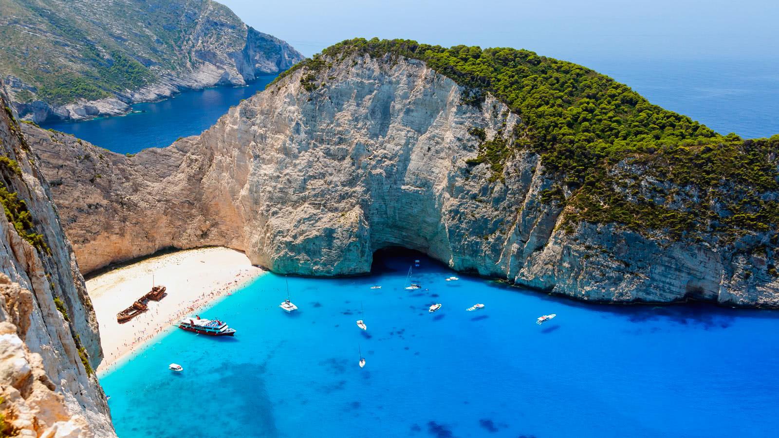 <b>希腊的十个最佳旅游地点,一起来欣赏爱琴海的明珠</b>