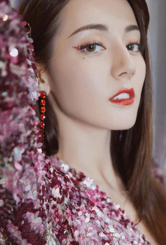 艺人们奇特的妆容,崔雪莉宣美戚薇宋慧乔,哪一位符合你审美?