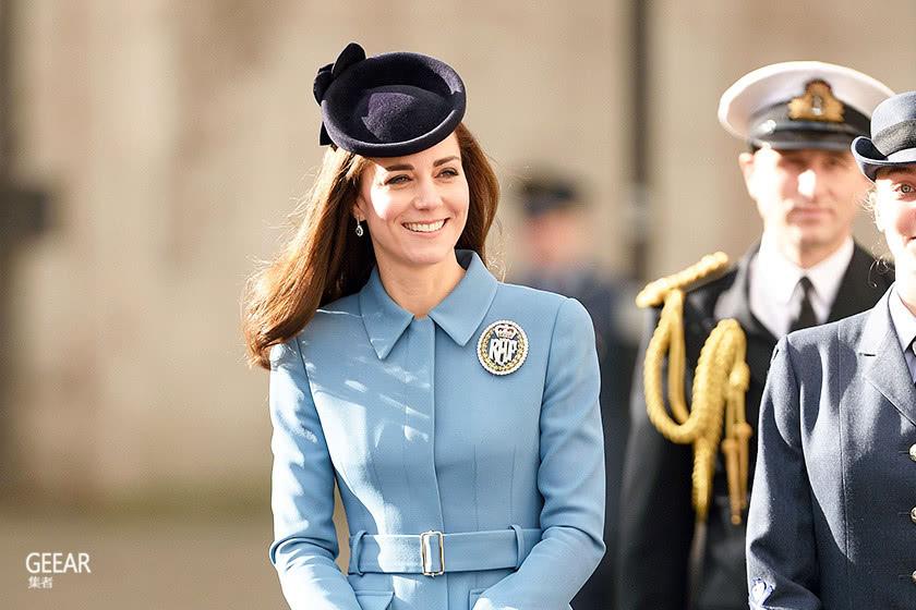 穿高跟鞋也不怕痛,原来凯特王妃步伐轻盈优雅是靠这个!