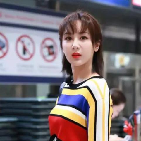 内地最火女演员索要张家辉联系方式被拒:到香港找刘德华!