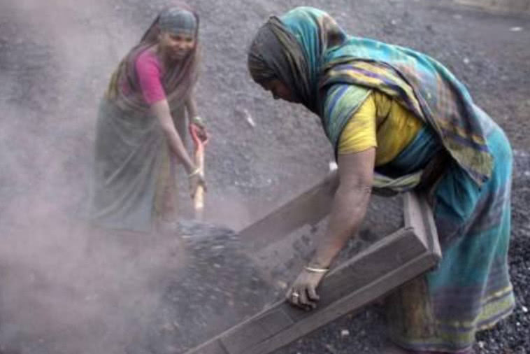 <b>全球最脏乱的国家:水污染严重臭气冲天,不少垃圾拜印度所赐</b>