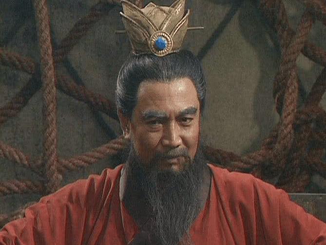 此人是曹操帐下第一谋士,才德兼备,举荐一人却坑坏曹家五代人