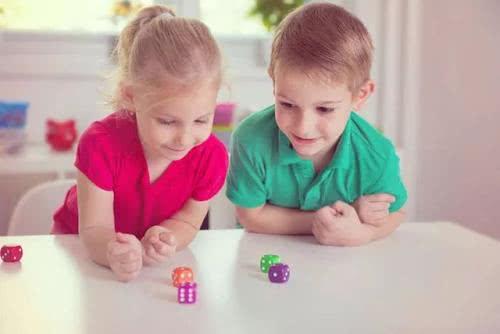 将来不会被社会淘汰的孩子,往往都有这四个特征,你家孩子有吗