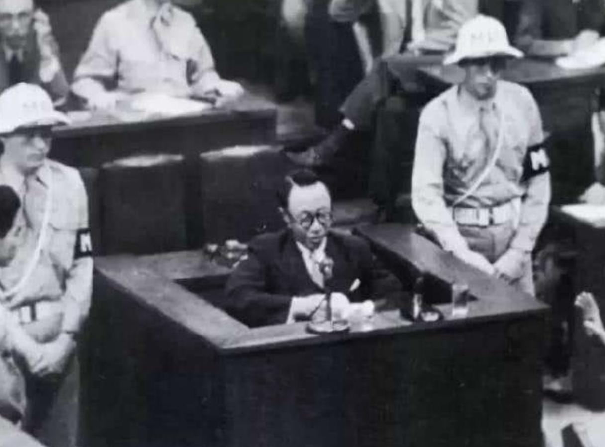 傀儡皇帝审判期间大爆发,怒斥日本人罪行,网友:这是真是他吗?