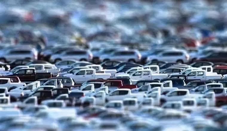 4S店每卖一辆车能挣多少钱?