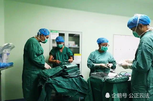 保山首例:8个月大婴儿完成先天性胆总管囊肿微创手术