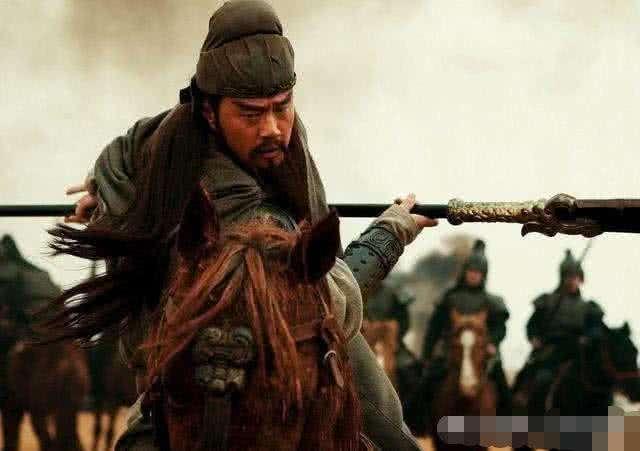 《三国演义》中,有人说关羽败走麦城是诸葛亮故意的,是真的吗?