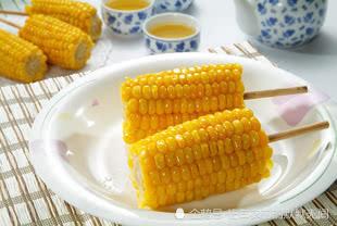 很多人都喜欢吃甜玉米,可是你知道甜玉米该怎么种吗?