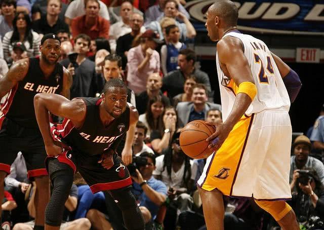 """韦德点评科比""""NBA最难防"""":打铁14000次依旧无所畏惧"""