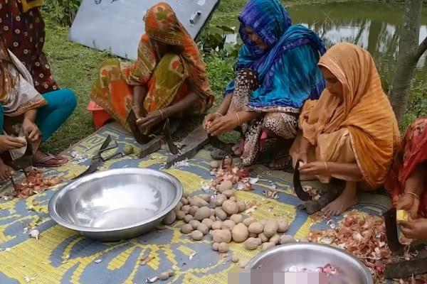 """印度为何爱用""""槽子""""做饭?驴友:体积最关键"""