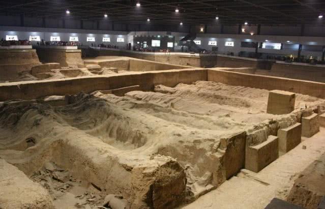 纯妃墓被专家打开,却发现里面有2位遗体,暴露乾隆帝全力隐藏的家丑