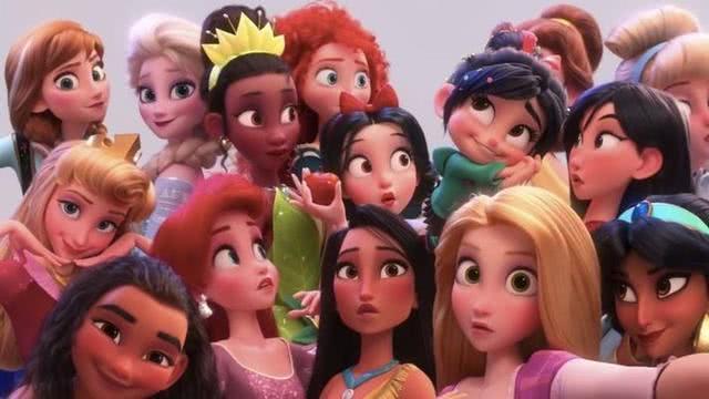 迪士尼公主:五位公主穿上专属婚纱,艾莎圣洁高雅,木兰温婉美丽