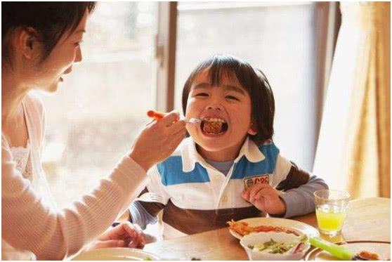 担心孩子长不高?无论男女,这4道菜经常吃,半年猛窜10cm