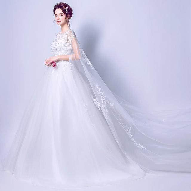 【爱Lee如初】李宇春罕见婚纱照曝光,隐藏的一匹黑马啊,比唐嫣赵丽颖还要美