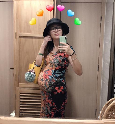 边潇潇晒孕照,嫁了个导演老公,38岁依然稳做女一号,春风得意