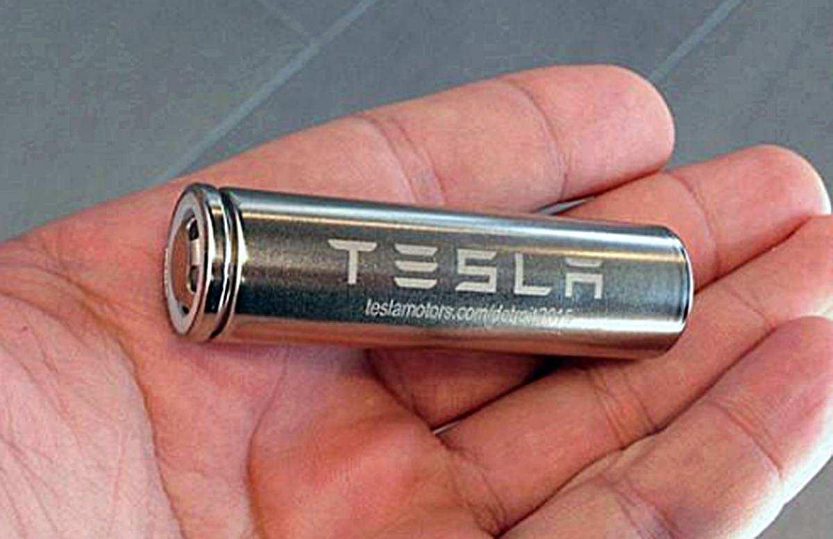 <b>特斯拉全新电池,寿命可能达160万公里,马斯克却这么说</b>
