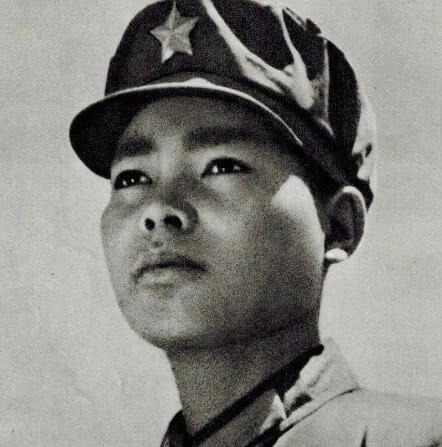 对越还击孤胆英雄!傣族战士单刀潜入敌后,击毙20名越军