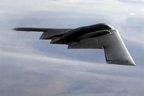 射程1.8万公里,造价24亿美元,B2到底用了什么黑科技?