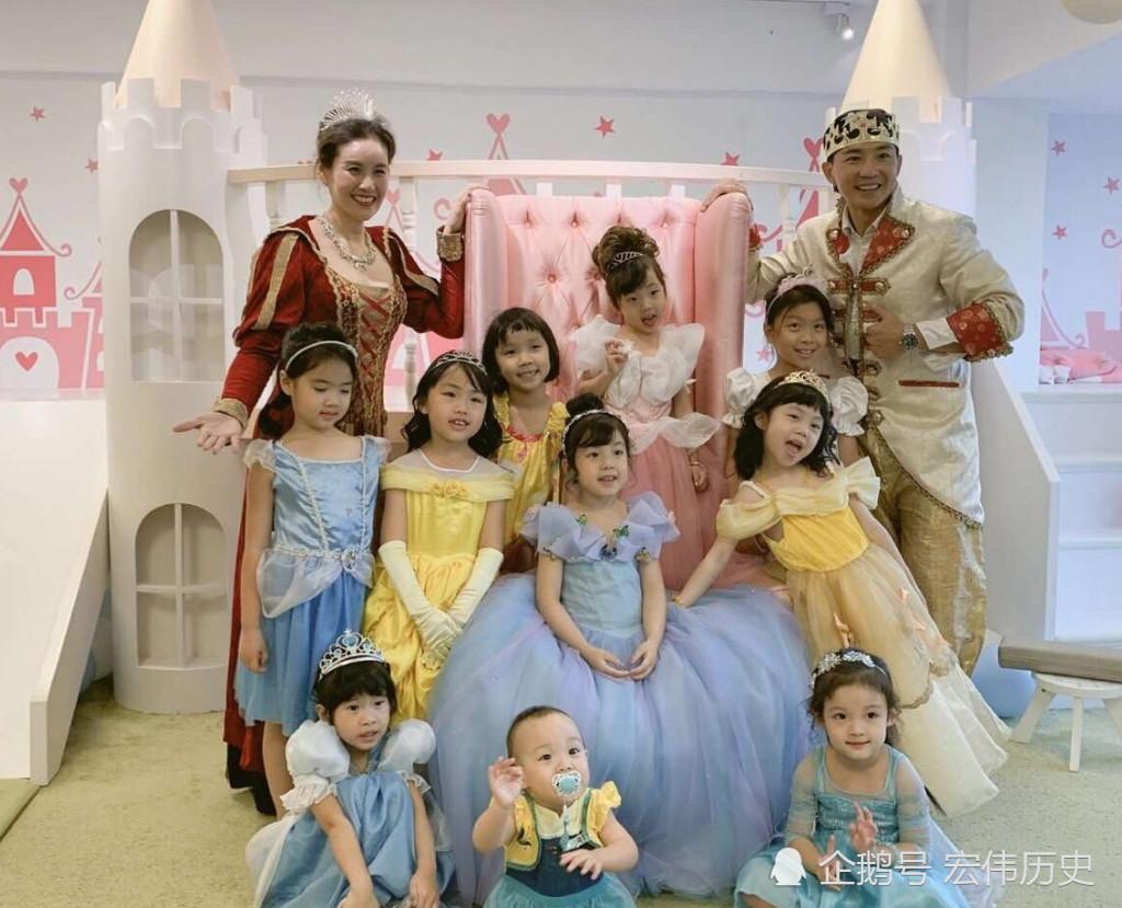 小泡芙的家是皇宫吗6岁生日全家cos,网友一屋子美女!