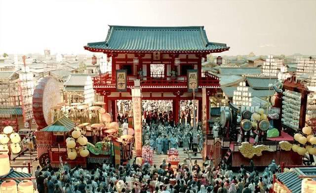 《长安十二时辰》商业篇:传统商业在长安城百花齐放,该有的都有