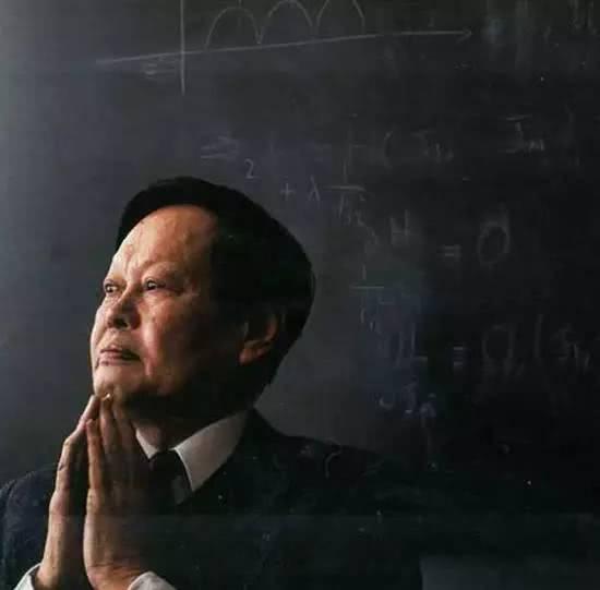 中国的杨振宁,一个被誉为1000年来最伟大的科学家