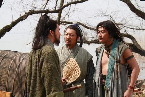 水浒传中,为什么晁盖第一次跟刘唐见面,就敢决定一起去劫生辰纲