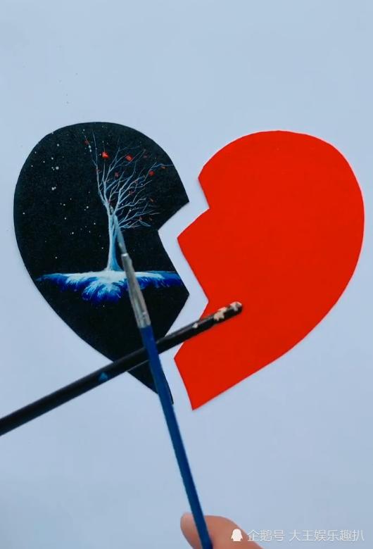 美术生手绘山水画,一颗心分两半,网友:像极了爱情的样子