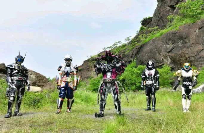 假面骑士:TV最终大决战,逢魔对战崇皇,小明超越神主形态相助