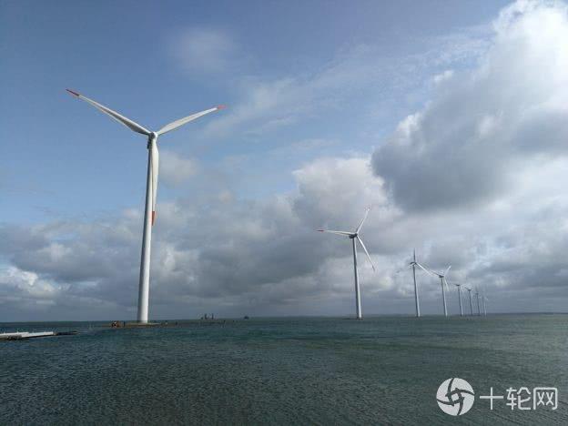 """丹麦""""用风发电"""":GDP增长113%,碳排放却降四成"""