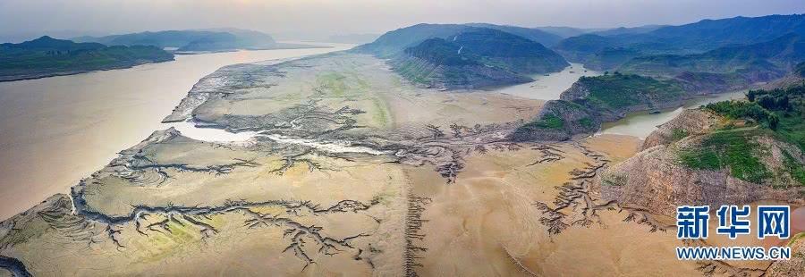 高清:黄河河床上的美丽图画