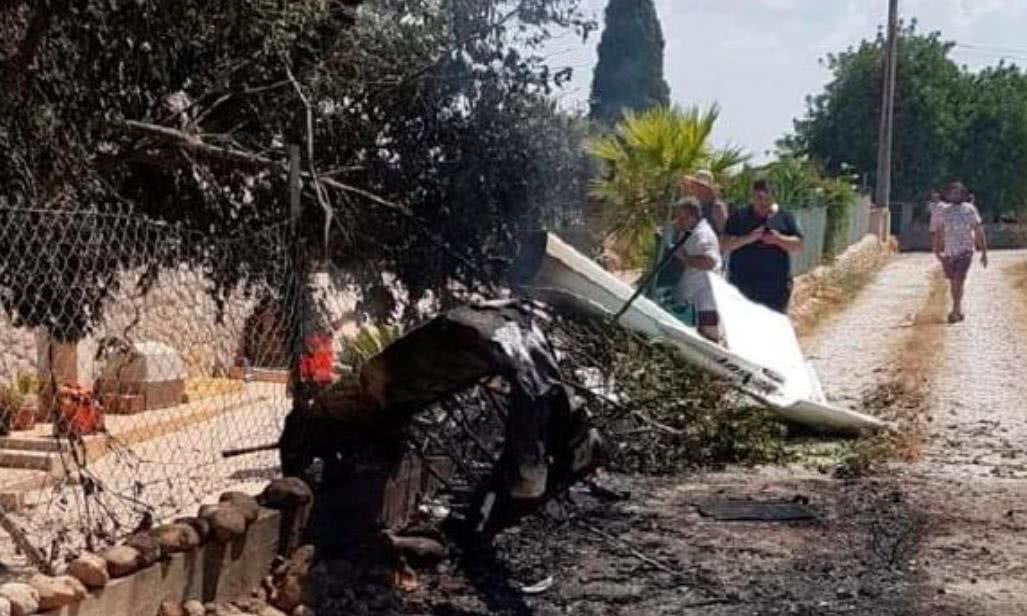 父亲带着两个孩子坐直升机去庆生,发生事故不幸全都身亡
