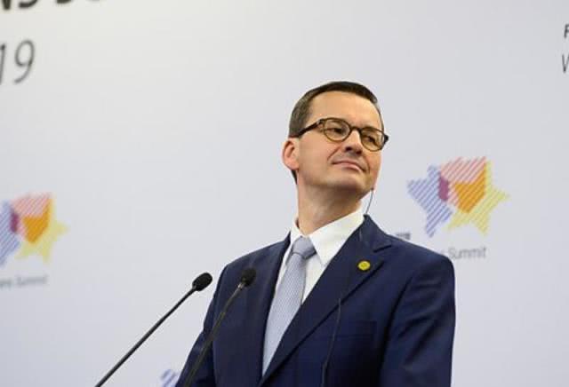 波兰为抢年轻人拼了,废除26岁以下个税,从18%降至零