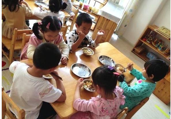 宝宝上幼儿园了,别让宝宝有这3个坏习惯,影响宝宝脾胃健康