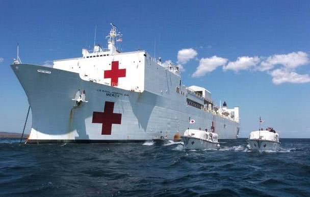 <b>疫情已在美国本土遍地开花!美军医院船中途折返,华盛顿被放弃</b>
