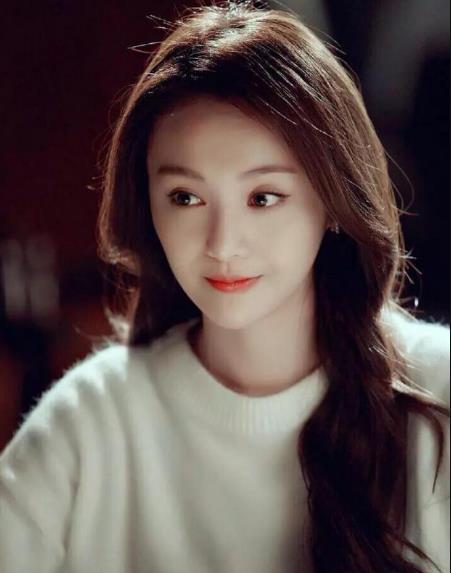 郑爽为自己网店代言,看到她拍摄的照片后,网友:还是小仙女
