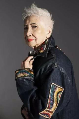 93岁做模特,她说要美一辈子