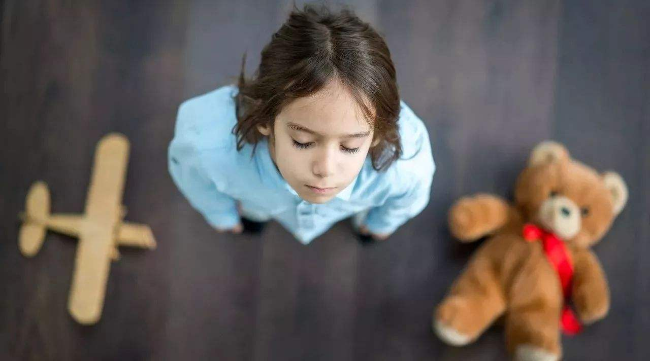 """不管孩子有多优秀,父母要""""逼""""孩子养成四个习惯,受益终身!"""