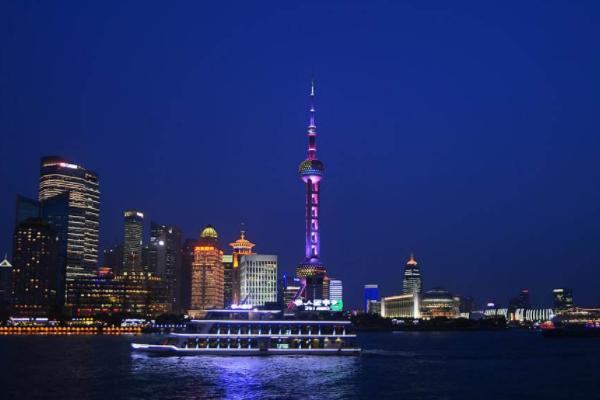 上海最火爆景点,游客成千上万,没人会错过!