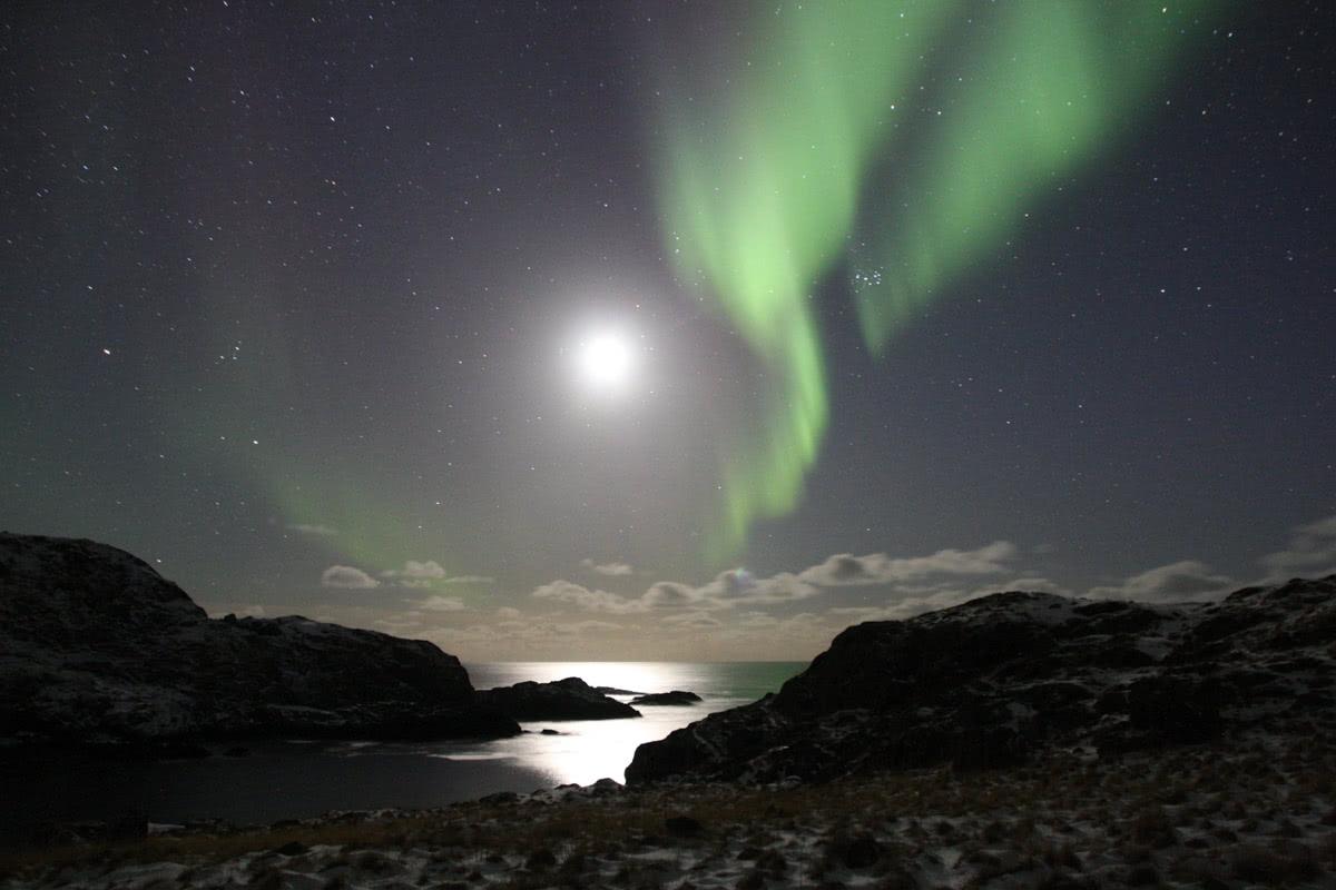 挪威上空出现90年难遇的罕见现象!