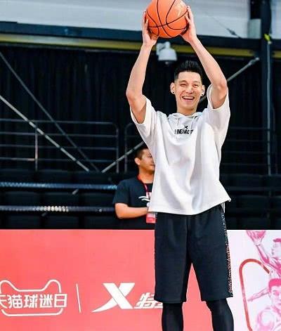 《我要打篮球》林书豪个人资料,有很多球员为林书豪而来
