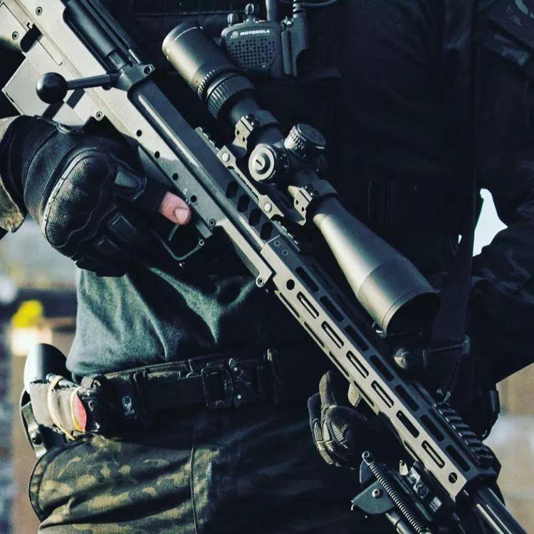 """SRS""""秘密侦察兵""""狙击步枪"""