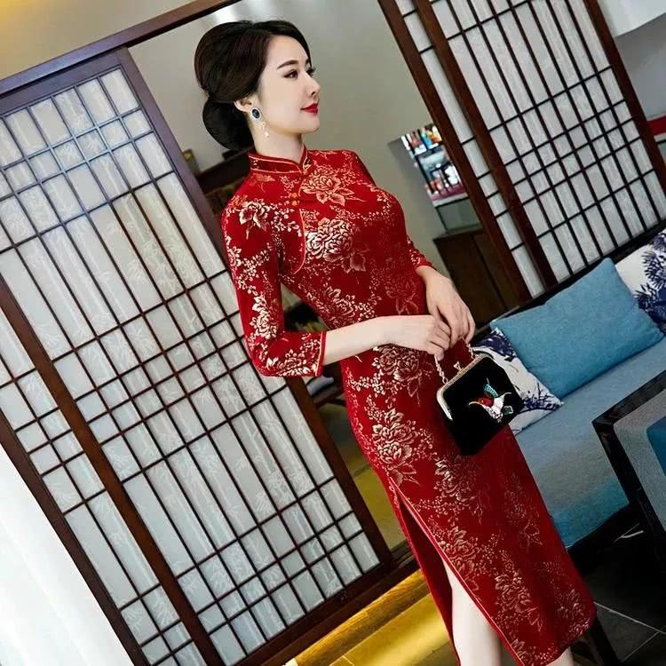 烫金丝绒妈妈装旗袍,复古红,美的很高级!