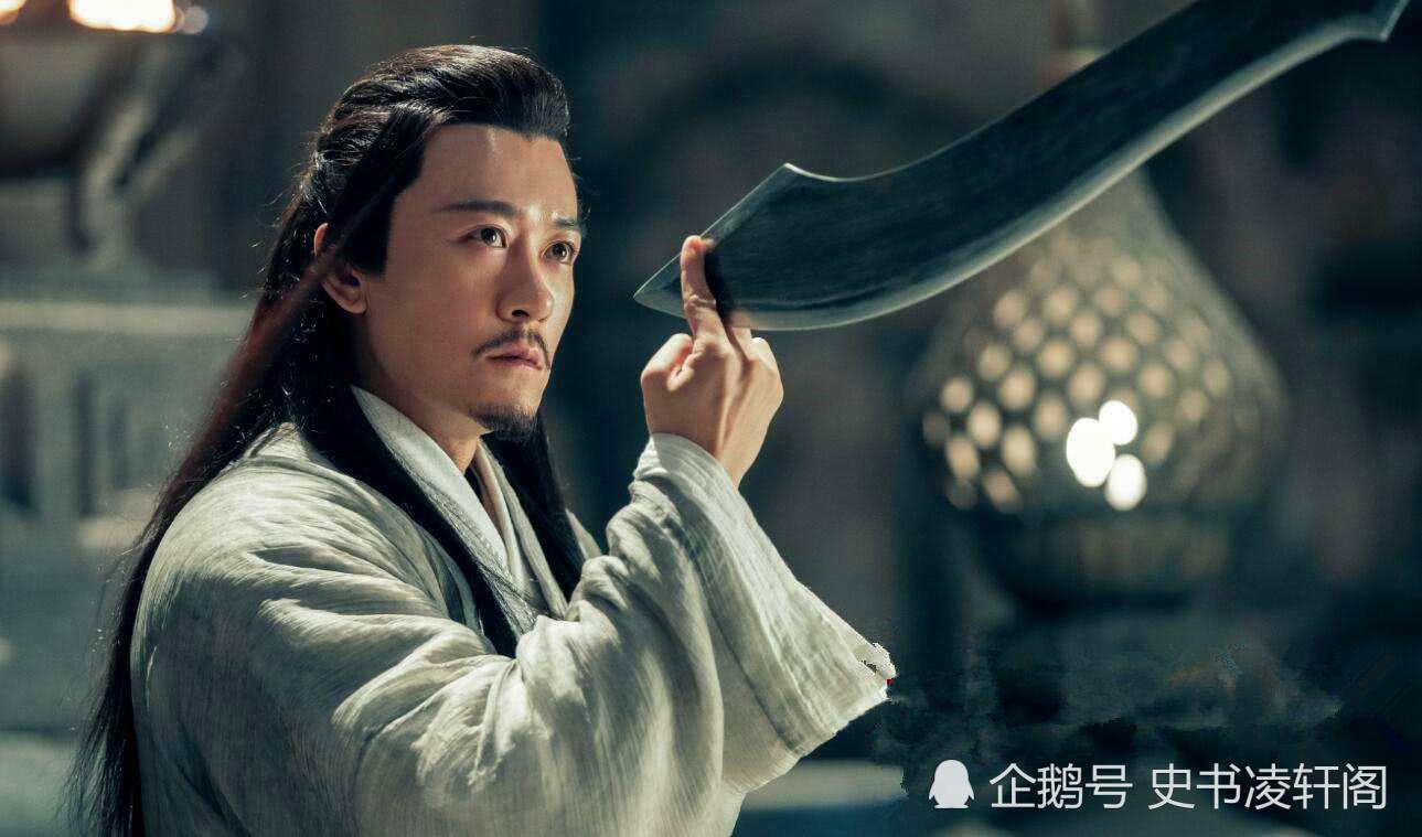 杨逍年纪轻轻就是明教左使,他的师父是谁?应该是神雕五绝的弟子