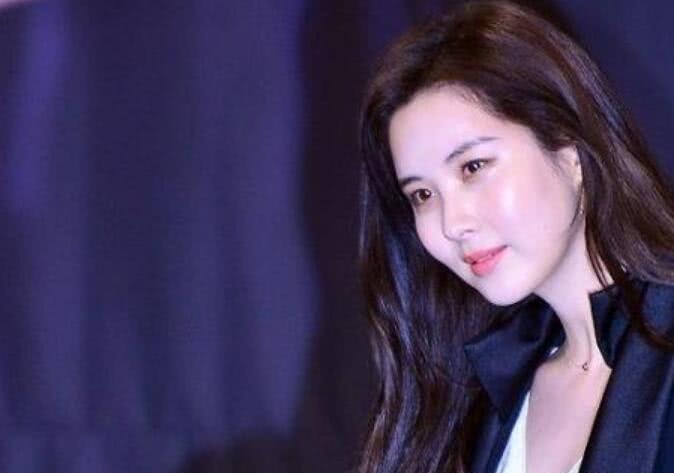 """脸又变小了少女时代徐贤公开""""化妆私照"""",美貌再次升级"""