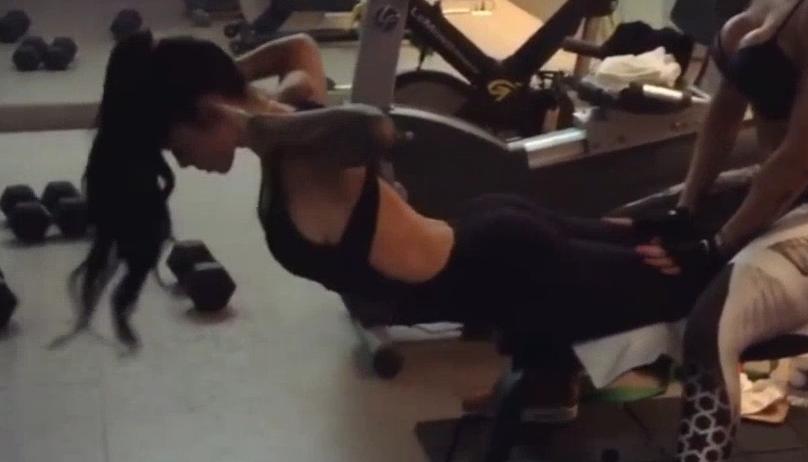 健身教程:你那么努力健身为什么还是练不出线条