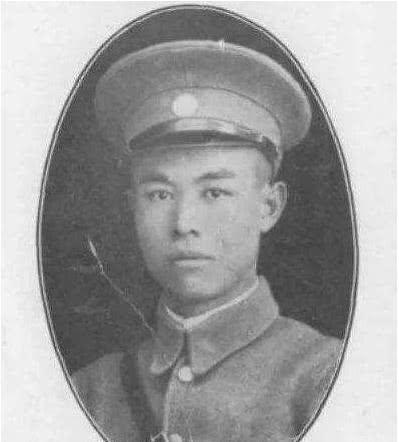 <b>他曾是黄埔军校教官,南昌起义主力团团长,后为何默默无闻</b>