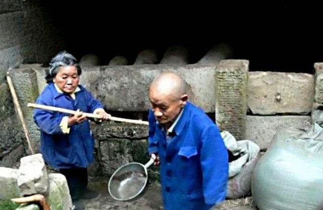 四川最怪异村庄,尽出小矮人最矮40厘米,如今医学家都无法解释